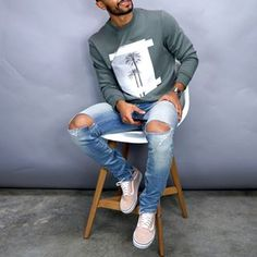 New video on essential outfits all young guys need! (Link is in the bio) Which one is your favorite? Dope Outfits For Guys, Stylish Mens Outfits, Casual Outfits, Men Casual, Easy Outfits, Vans Old Skool Preto, Teaching Mens Fashion, Mens Clothing Styles, Men's Clothing
