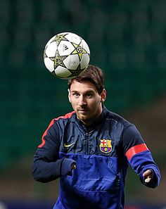 Keep Your Eyes On The Ball!!! the perfect header  ) Lionel Messi 531fc963c10d9