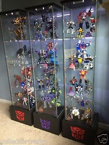 Detolf-Case-Base-for-Transformers-Masterpiece-Collections-Autobot