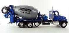 3000toys.com Details that Matter: Freightliner 114SD with McNeilus Bridgemaster Mixer