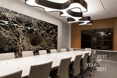 Large Office: Confidential Trading Firm by Perkins+Will.
