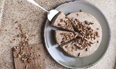 Raw Salted Caramel Cheesecake - SLA