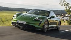 2020 Porsche Taycan Turbo S Is a Rocket of a Sports Sedan Porche Car, All Electric Cars, Porsche Taycan, Auto Motor Sport, Automotive News, Automotive Industry, Sport Seats, Sports Sedan, Performance Cars