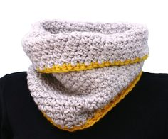 Crochet Pattern: Chainmail Armor Cowl and Mitten – The Winter is Coming | { birdeli } handmade