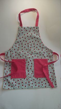 Kids Apron, childs Apron, Retro Cotton Fabric with Kam Snap fastening at neck and tie back by sweetpeaandblue on Etsy Kids Apron, Pink Ties, Bright Pink, Cotton Fabric, Retro, Children, Handmade, Blue, Aprons