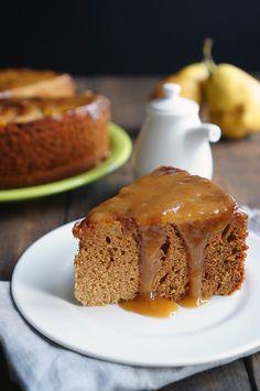 Никогда бы не подумал, что груша и имбирь так хорошо сочетаются между собой, да ещё и с мёдом в одном десерте. Что ж, сегодня будем учиться новым сочетаниям и попутно сделаем чудный торт. У торта есть ряд необычных и интересных свойств: 1. Он очень-очень-очень пористый и воздушный. 2. Корж очень красивого цвета — посмотрите, какой...