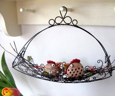 Drátování U Metudky Wire Crafts, Metal Crafts, Bird Cages, Handmade Wire, Wire Art, Hanging Art, Handmade Accessories, Wire Jewelry, Wire Wrapping