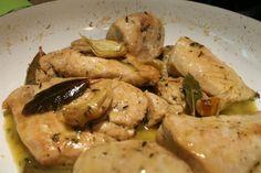 Spanyol fokhagymás csirkemell recept Diabetic Recipes, Diet Recipes, Chicken Recipes, Healthy Recipes, Hungarian Recipes, Feta, Food And Drink, Turkey, Lunch