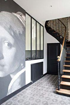 60 Ideas black door interior stairs for 2019 Interior Stairs, Interior Architecture, Door Design, House Design, Victorian Hallway, Casa Patio, Hallway Inspiration, Pallet House, Curved Staircase