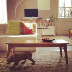 Mesa de salón restaurada