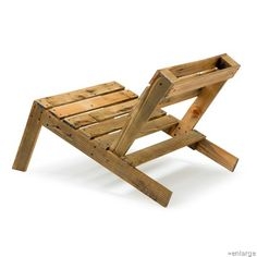 upcycled pallate chair but I want to use blank skateboarding decks - cheap ones to make this for my son- Ryan for xmas.