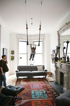 Gymnast horizontal bar toddler swing