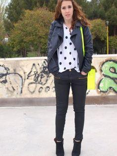 elena_in Outfit   Primavera 2012. Combinar Camiseta Blanca H