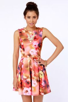 Photographic Floral Print #blooming Get 7% Cash Back http://www.studentrate.com/itp/get-itp-student-deals/lulu-s-Student-Discount--/0