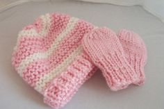 Newborn Hat and Mitten Set by peacoxtoo on Etsy, $12.50