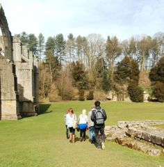 MA ICHM students explore Fountains Abbey World Heritage Site