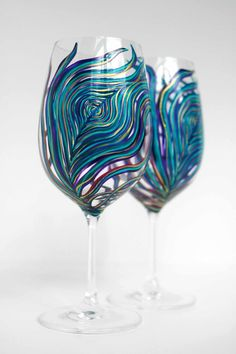 Pavo real copas de vino  Set de 2 pintado a por MaryElizabethArts