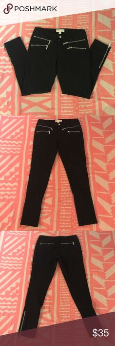 Michael Kors Black Jeans Michael Kors Black Jeans with silver accent zippers. Size 6, stretch Michael Kors Jeans Skinny