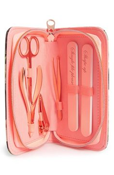 Ted Baker London Manicure Set http://rstyle.me/n/uhiuhnyg6