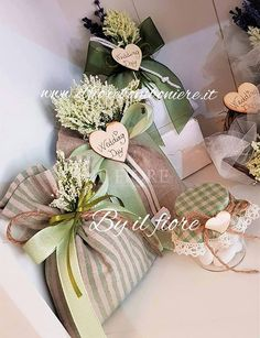 1 million+ Stunning Free Images to Use Anywhere Wedding Gifts For Guests, Wedding Favors, Wedding Decorations, Lavender Bags, Lavender Sachets, Lavander, Theme Bapteme, Decorated Gift Bags, Gift Wraping