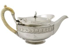 STERLING SILVER TEAPOT ANTIQUE GEORGE III