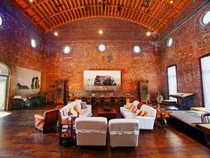 Beethoven Hall – 11 Room Loft in NoHo New York (12 Pictures)