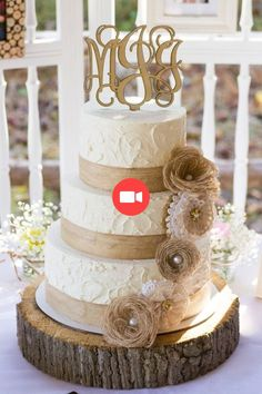 Lace Wedding Cakes 2019 Most Popular Wedding Cakes You Will Love to Incorporate Into Your Big Day---Rustic wedding cake with organic textures and burlap flowers, shapes and earthy tones, spring country wedding ideas Country Wedding Cakes, Wedding Cake Rustic, Rustic Cake, Cool Wedding Cakes, Wedding Cake Designs, Wedding Ideas, Trendy Wedding, Wedding Vintage, Wedding Details