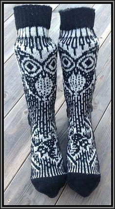 viking owl socks - free pattern on ravelry