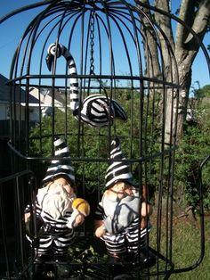 Jailed gnomes