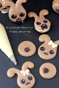 How to make Easter Bunny Macarons. Give them a try. You won't be sorry. from #dietersdownfall.com