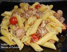 When you do not know to do to eat, do collection of three or four ingredients that combine well what you have in your pantry, it is very easy to get an exquisite result, as has happened with Macaroni with tuna and cherry tomatoes to the Provence . The pasta is what you have, almost everything feels good. Ingredients 400 grams of macaroni, 75 grams of pine nuts, 1 ñora, 1 clove garlic, cherry tomatoes 200 grams, 250 grams of diced tuna, 250 grams of fresh mozzarella, Provencal herbs, black…