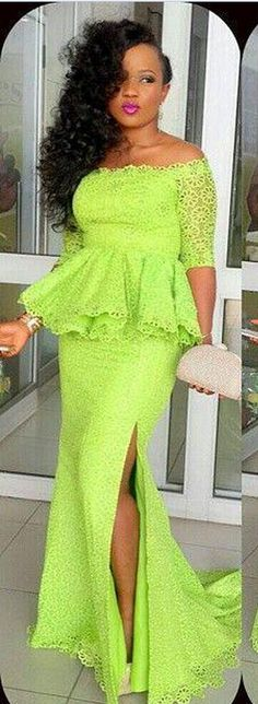 Sexy Mermaid Long Prom Dresses Off The Shoulder Half Sleeves Formal Party Dresses With Peplum Side Slit Lace Evening Gowns
