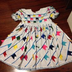 Vestido Festa Junina feito em tricoline. Summer Dresses, Tops, Junho, Flora, Fashion, Dress Up Outfits, Kid Outfits, Kids Fashion, Dressmaking