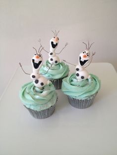 Olaf cupcakes by 'Designer Cakes by Elle'