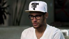 FRAME - Neymar habla sobre el equipo en la Copa del Mundo (Foto: TV Globo)