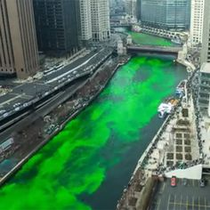 WATCH: Awesome time-lapse shows Chicago River being Dyed Green for St. Patrick's Day!