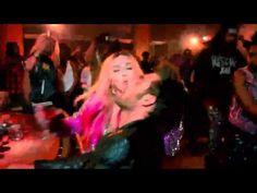 Madonna - Bitch I'm Madonna [Cutoff Version] (feat. Nicki Minaj) [Official Video] - YouTube
