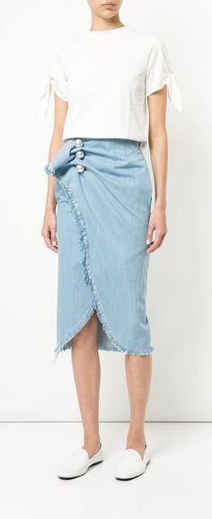 Love this denim skirt Kimhekim Venus Skirt Casual Skirt Outfits, Chic Outfits, Fashion Outfits, High Waisted Pencil Skirt, Mature Fashion, Ladies Dress Design, Denim Skirt, Dress Skirt, Couture