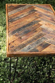 Herringbone Coffee Table with Hairpin Legs - Repurposed wood - Barn wood… Reclaimed Wood Furniture, Pallet Furniture, Rustic Furniture, Pallet Beds, Furniture Vintage, Furniture Design, Industrial Furniture, Vintage Industrial, Pallet Tables