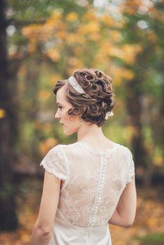 lace wedding dress. short haired bride. short wedding hair