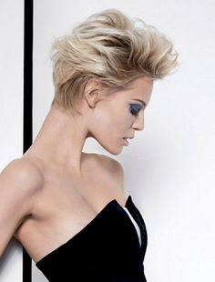 30 New Short Hairstyles With Bangs Funky Short Hair, Short Hair With Bangs, Short Hair Cuts For Women, Short Curly Hair, Curly Hair Styles, Short Pixie, Short Bobs, Pixie Cuts, Easy Hairstyles For Thick Hair