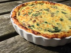 Foodie Quine: Cheesy Spinach, Mushroom & Potato Crust Pie with Barber's 1833 Vintage Reserve Cheddar