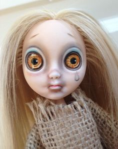 "Awesome Ooak Ever After High Blondie Lockes by AliceSun! ""Little Miss"" has been Customized to resemble the 1965 ""Little Miss No Name"" by Hasbro.  If out of the USA, you must purchase item first."