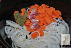 Pechugas de pollo en escabeche | Cocina Fresco, Albondigas, Sushi, Birthday, Ethnic Recipes, Desserts, Food, Gluten Free, Breast