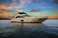 Azimut 84: Photos | Azimut Yachts official | Luxury yacht sales