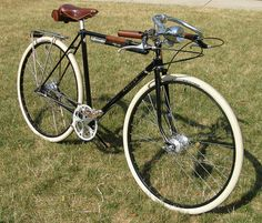 Sly Red's Blackadder! Pashley Guv'nor inspired custom Raleigh 3-Speed pathracer.