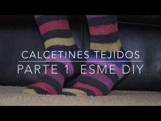 Mis primeros calcetines – El Calaix de la Rosseta Knitted Slippers, Knitting Socks, Wool, Youtube, Crocheting, Videos, Socks, Alphabet, Crochet Slippers