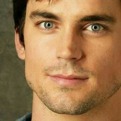 He is so sexy Matt Bomer, White Collar Quotes, Cristian Grey, Most Handsome Actors, Another A, Most Beautiful Man, Hello Gorgeous, Famous Men, Attractive Men