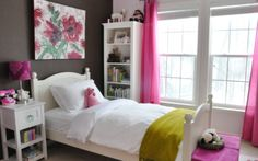 22 Small Bedroom Designs Awesome Beautiful Bedroom Ideas For Small Rooms - Home Design Ideas Pink Bedroom For Girls, Teenage Girl Bedrooms, Small Room Bedroom, Little Girl Rooms, Small Rooms, Bedroom Decor, Bedroom Ideas, Teen Bedroom, Pink Room