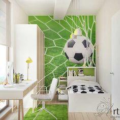 Детская комната для мальчика Светлая и солнечная детская комната для мальчика девяти лет в Кореизе, Республика Крым. Хозяин комнаты увлекается футболом